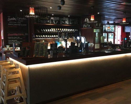 open-plan-bar