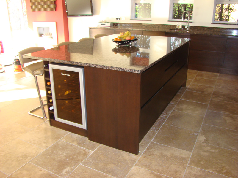 Bespoke kitchen for hull based mansion jdm joinery hull for Home decor hull limited